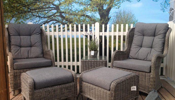 Zaproś fotel do ogrodu